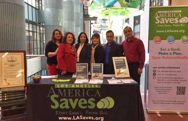 LA Saves Volunteers at Central Library