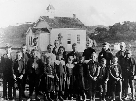 Students at Eagle Rock's first elementary school in 1888