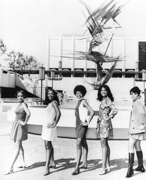 Five women pose in front of the Los Angeles County Museum of Art for the NAACP Awards