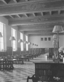 Reference Room of the original library in 1926.
