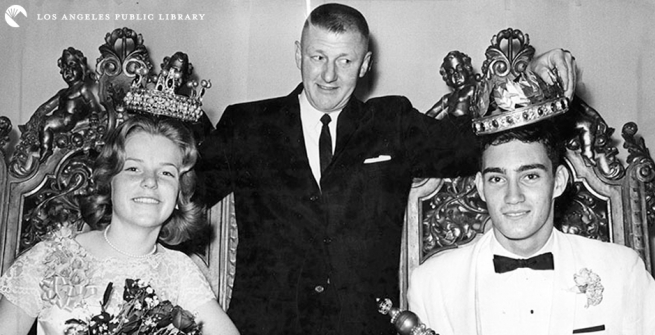 Teens crowned prom king and queen, 1961